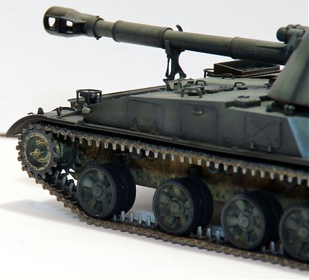 Модель 152-мм САУ 2С3 «Акация»